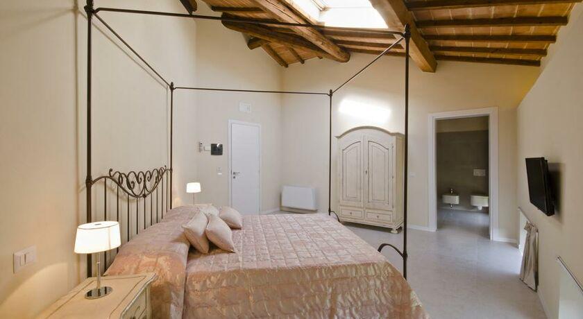 Villa del sole siena italie my boutique hotel - Chambre double standard ...