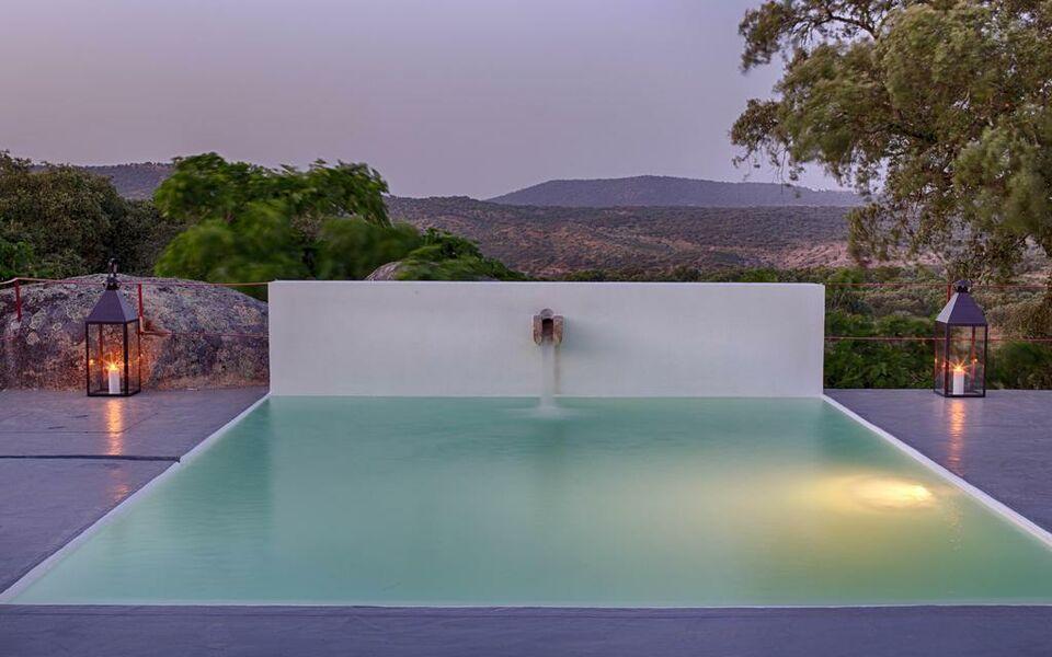 Monte velho equo resort a design boutique hotel arraiolos for Design boutique hotels algarve