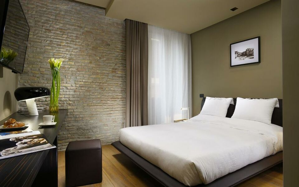 Campo Marzio Luxury Suites, Rome (10)