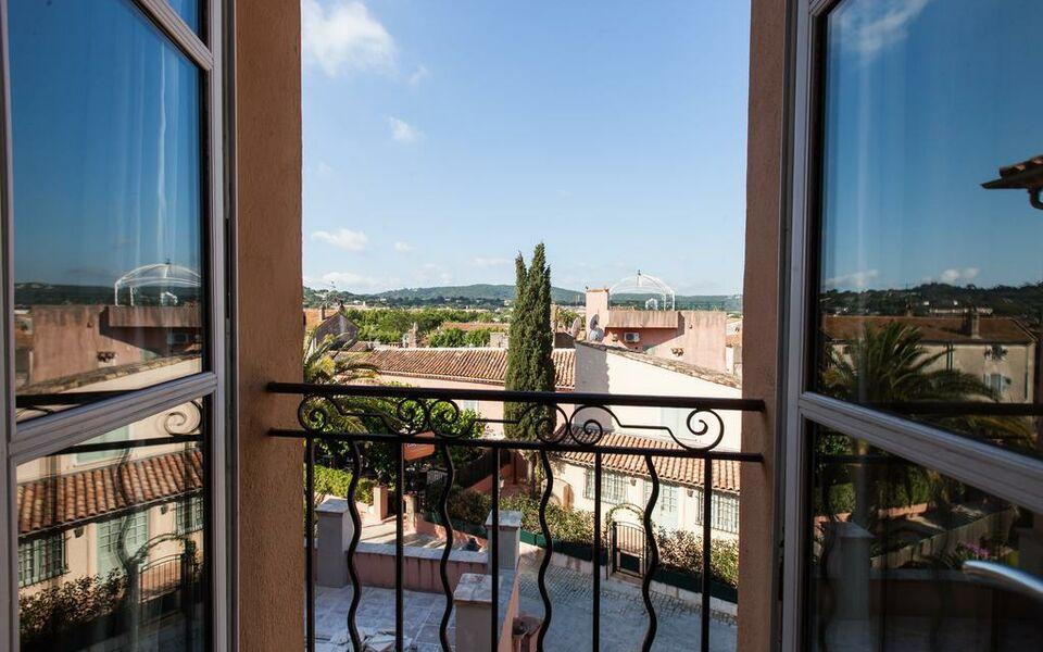 H tel le y saint tropez france my boutique hotel - Petit jardin hotel san juan saint paul ...