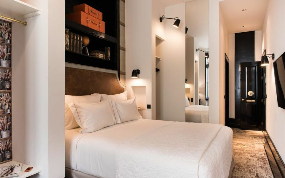 Almalusa baixa chiado a design boutique hotel lisbon for Design boutique hotel lisbon