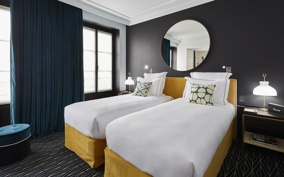 le roch hotel spa paris france my boutique hotel. Black Bedroom Furniture Sets. Home Design Ideas