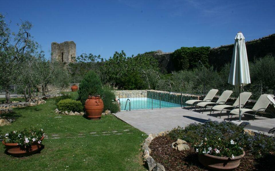 Monteriggioni Hotel Spa