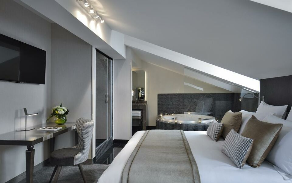 La Cour des Consuls Hotel and Spa Toulouse - MGallery by Sofitel, a ...