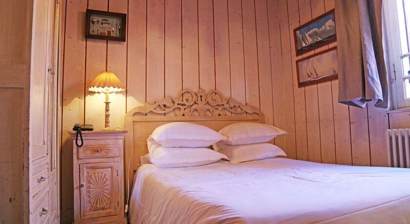la maison du bassin a design boutique hotel cap ferret. Black Bedroom Furniture Sets. Home Design Ideas