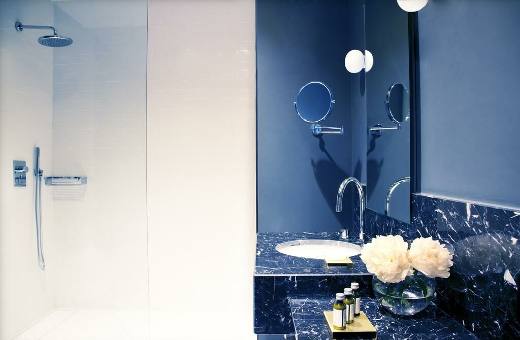 Totem madrid a design boutique hotel madrid spain for Design boutique hotel madrid