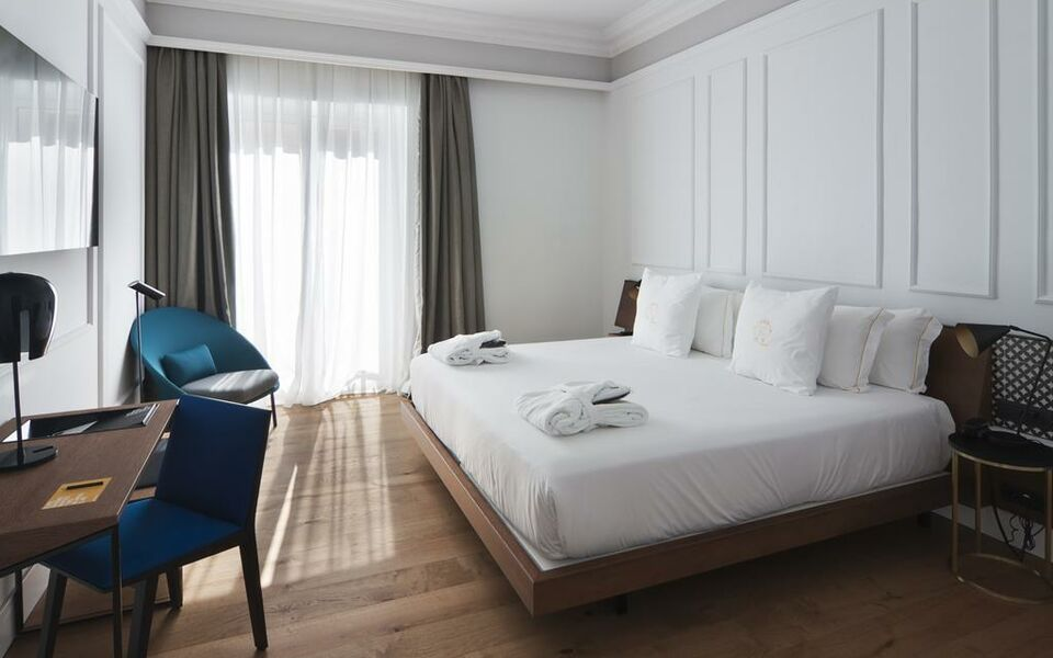 One shot palacio reina victoria 04 a design boutique for Design hotel valencia spain