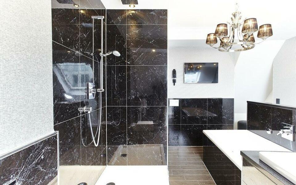 humboldt1 palais hotel bar k ln alemania. Black Bedroom Furniture Sets. Home Design Ideas