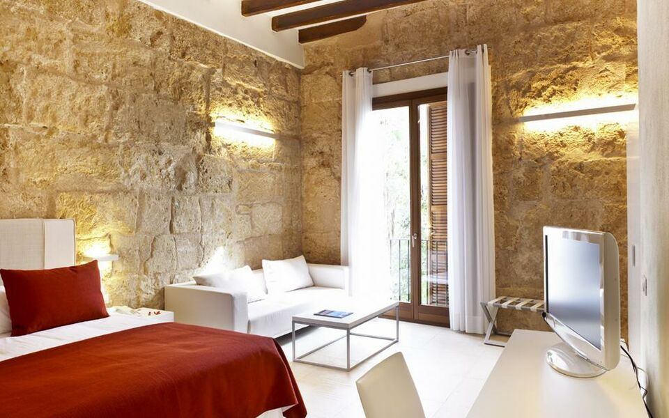 Santa clara urban hotel spa a design boutique hotel for Designer hotels mallorca