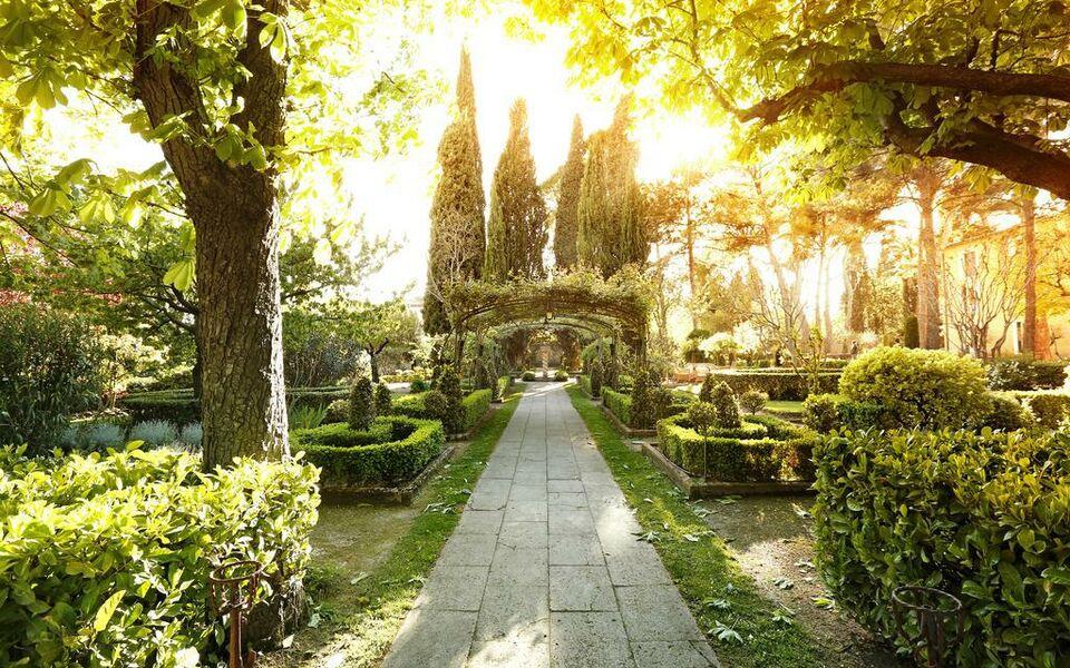 Le pigonnet aix en provence france my boutique hotel for Le jardin des 5 sens aix en provence