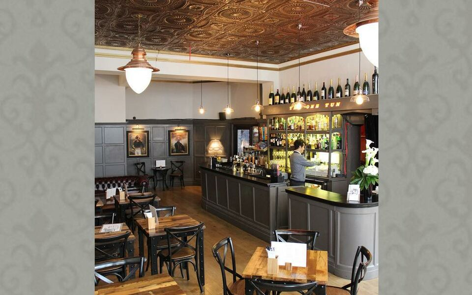 The One Tun Pub & Rooms, London (26)