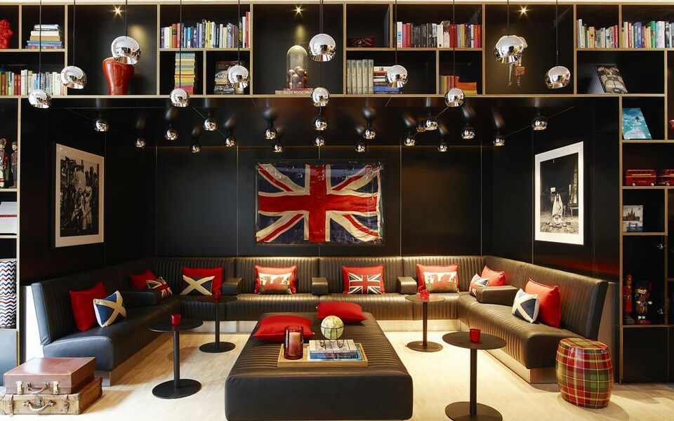 citizenM Tower of London, London, The City (3)