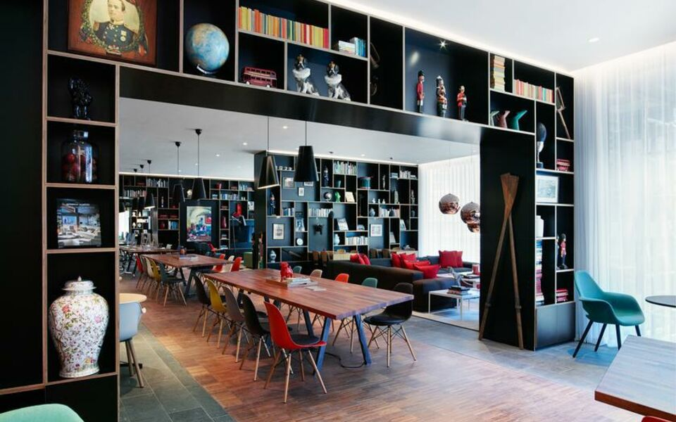 citizenM Tower of London, London, The City (7)