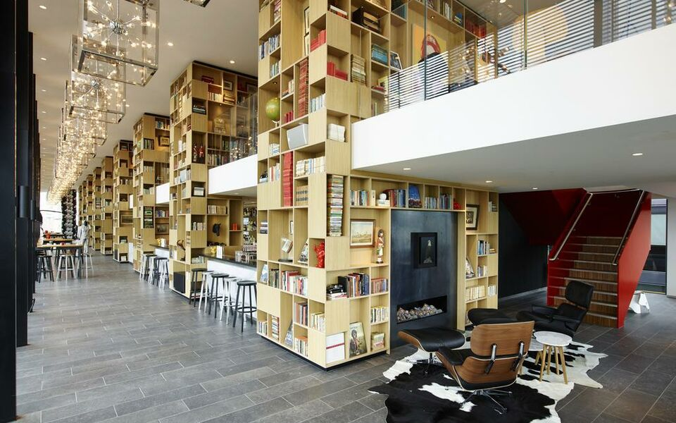 citizenM Tower of London, London, The City (11)