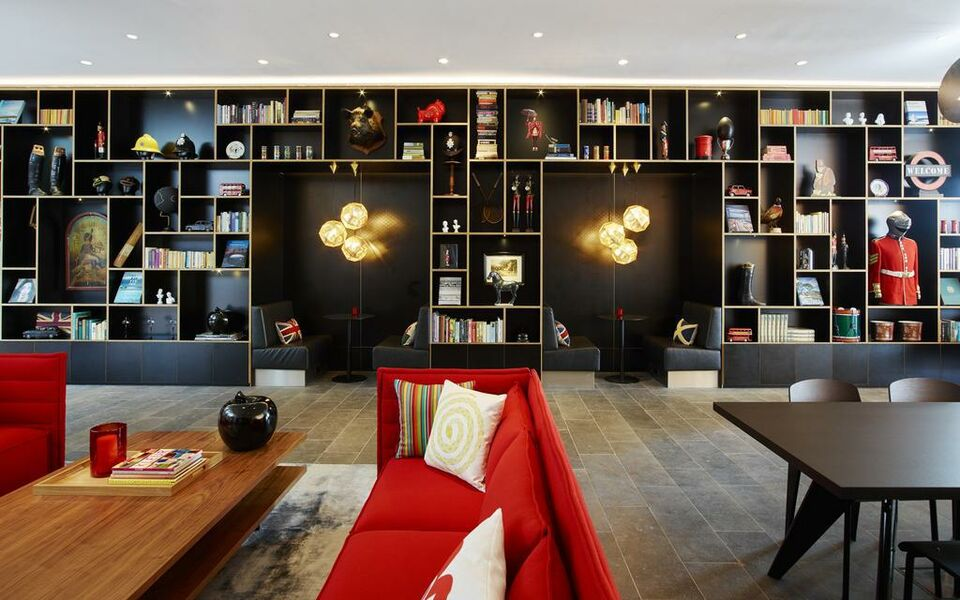 citizenM Tower of London, London, The City (14)
