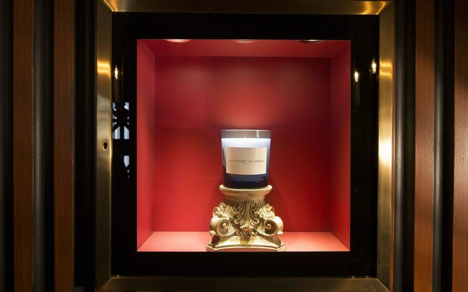 La chambre du marais a design boutique hotel paris france for La chambre france