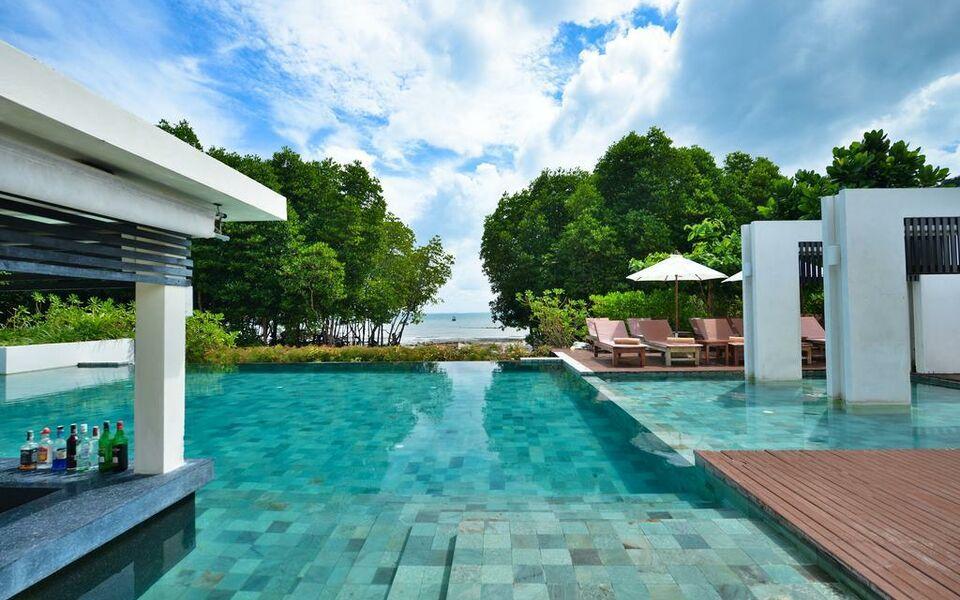 Bhu Nga Thani Resort Spa
