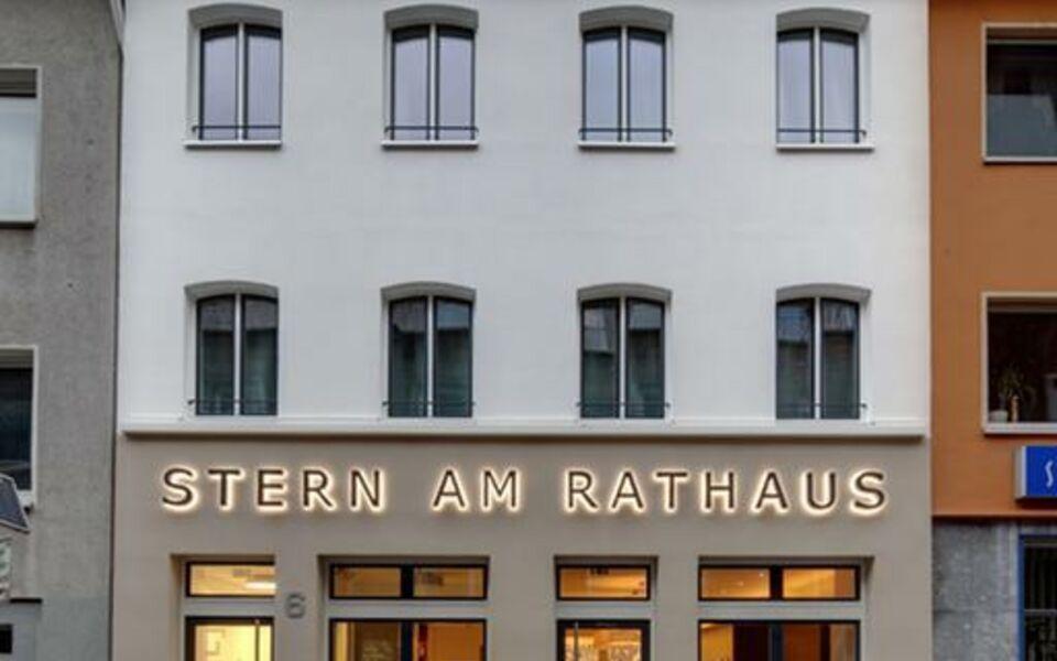 stern am rathaus a design boutique hotel k ln germany. Black Bedroom Furniture Sets. Home Design Ideas