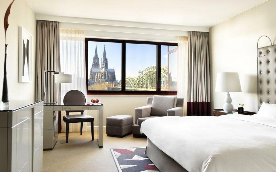 hyatt regency k ln a design boutique hotel k ln germany. Black Bedroom Furniture Sets. Home Design Ideas