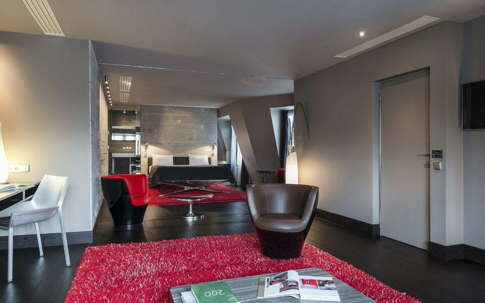 Hotel sezz paris paris france my boutique hotel - Hotel paris chambre 5 personnes ...