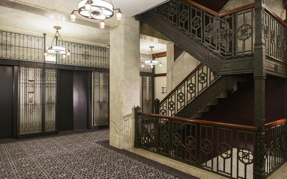 Kimpton burnham hotel a design boutique hotel chicago u s a for Boutique hotels chicago michigan avenue