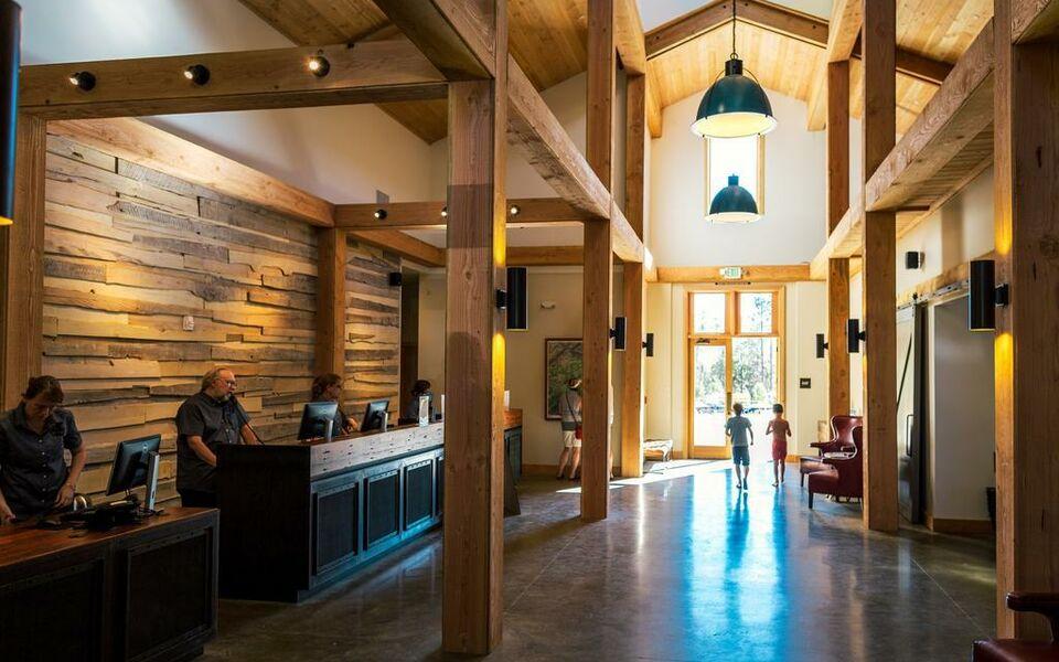 Rush Creek Lodge At Yosemite Buck Meadows 4