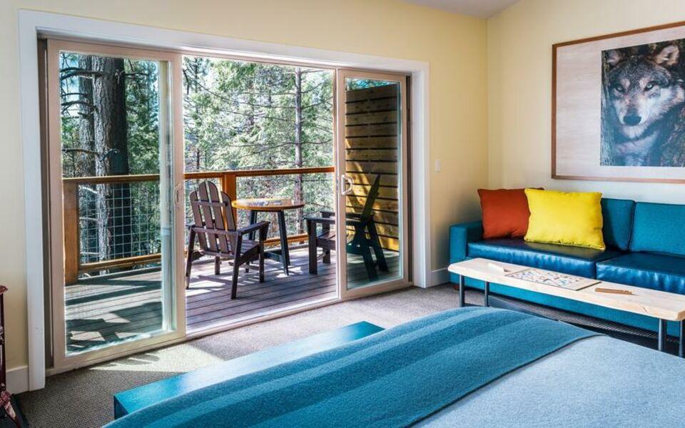 Rush creek lodge at yosemite a design boutique hotel buck for Design hotel yosemite