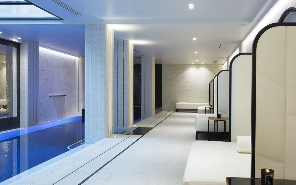 Le Narcisse Blanc Hotel And Spa