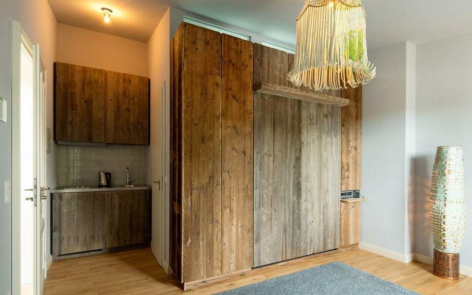 lindenberg r ckertstra e frankfurt deutschland. Black Bedroom Furniture Sets. Home Design Ideas