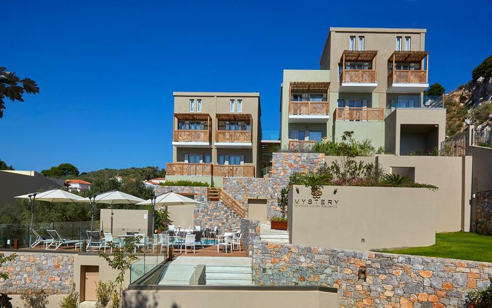 Skiathos Town Hotels With Pools