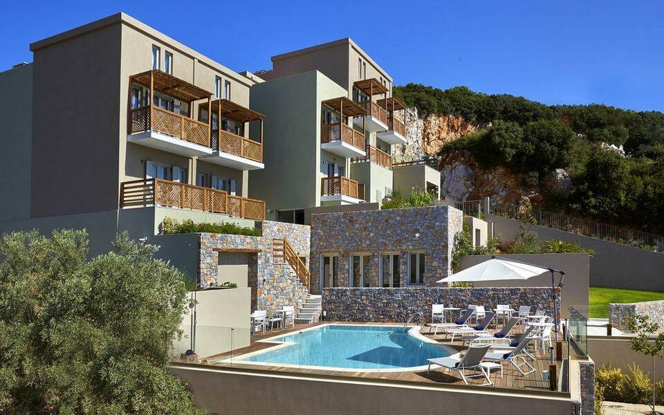 Mystery a design boutique hotel skiathos island greece for Skiathos town hotels