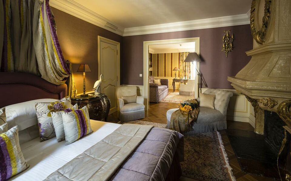 Hotel le saint paul a design boutique hotel saint paul de for Design hotel des francs garcons saintes