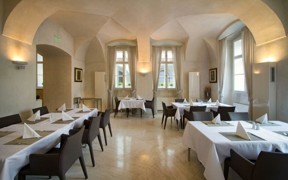 Three storks a design boutique hotel prague czech republic for Boutique accommodation prague