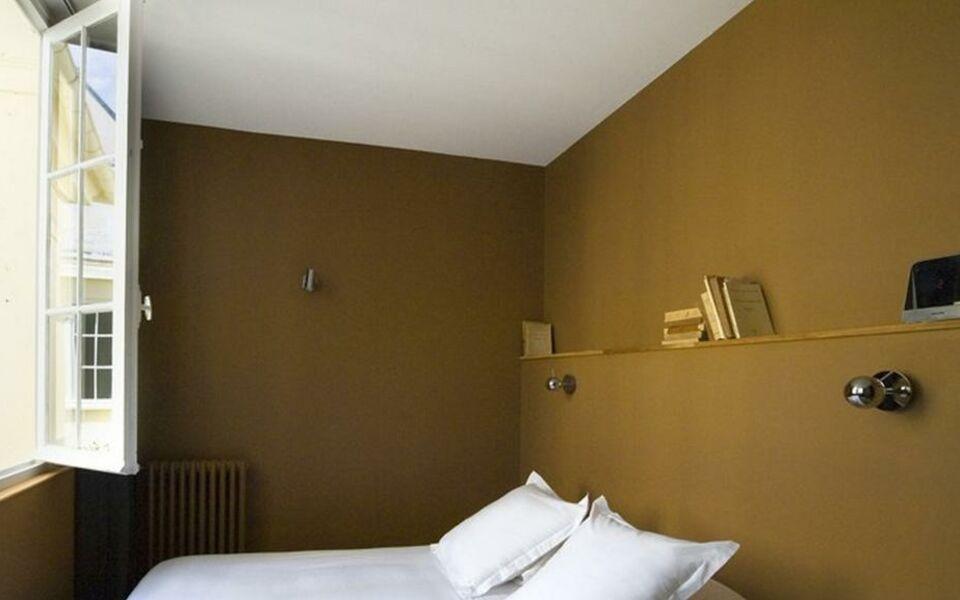 Helzear montparnasse suites a design boutique hotel paris for Hotel design 75014