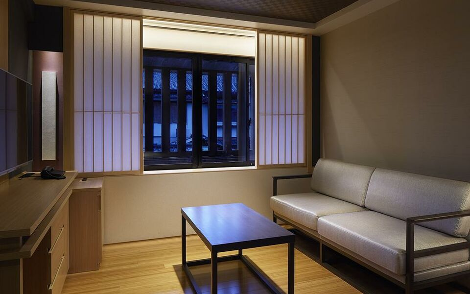 Mitsui garden hotel kyoto shinmachi bettei a design for Design hotel kyoto
