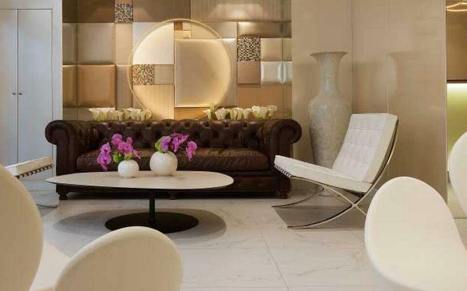 le 7 eiffel hotel paris frankreich. Black Bedroom Furniture Sets. Home Design Ideas