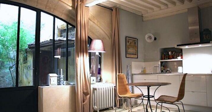 Le studio a design boutique hotel avignon france for Hotel design avignon