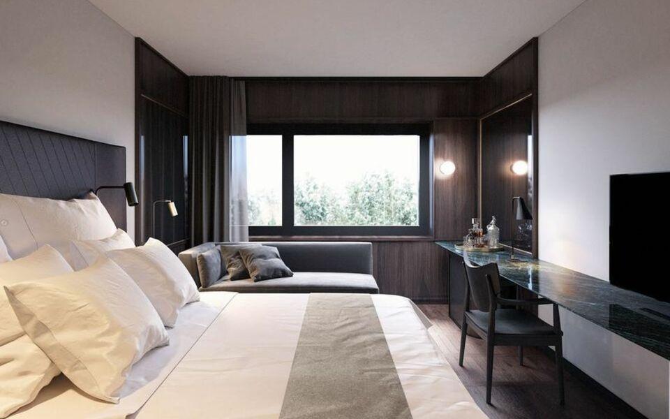 at six a design boutique hotel stockholm sweden. Black Bedroom Furniture Sets. Home Design Ideas