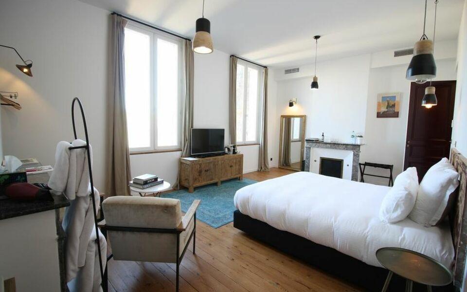 Casa blanca b b bordeaux france my boutique hotel for La boutique hotel de bordeaux
