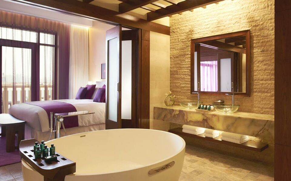 Sofitel dubai the palm resort spa a design boutique for Boutique spa dubai