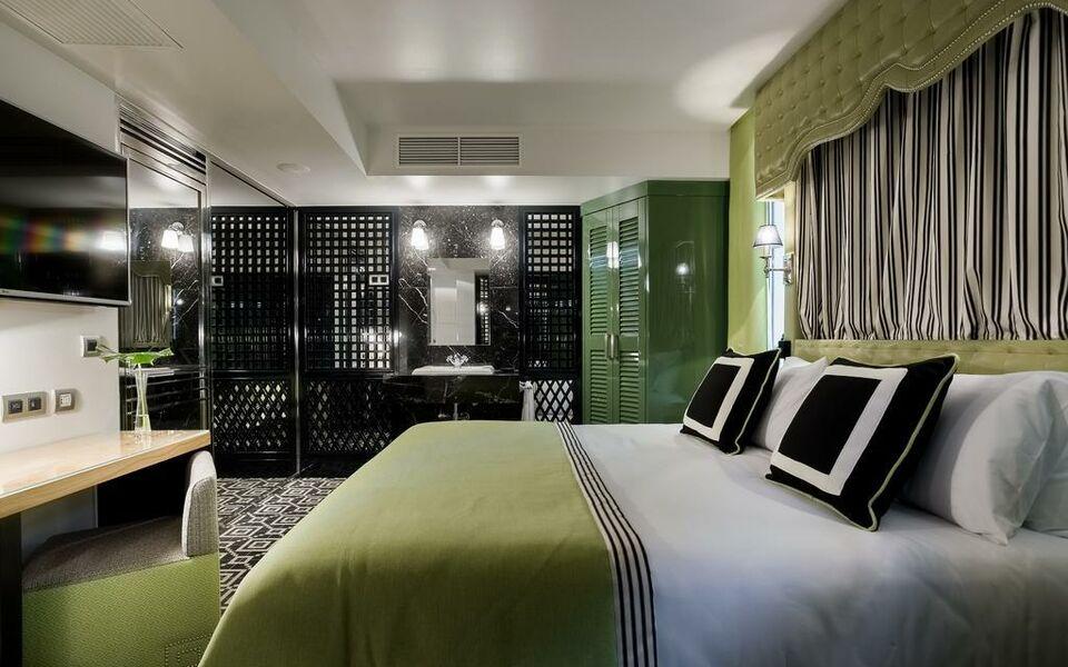 room mate anna a design boutique hotel barcelona spain. Black Bedroom Furniture Sets. Home Design Ideas