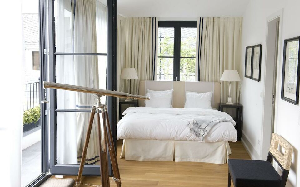 boutique hotel heidelberg suites small luxury hotels of the world heidelberg deutschland. Black Bedroom Furniture Sets. Home Design Ideas