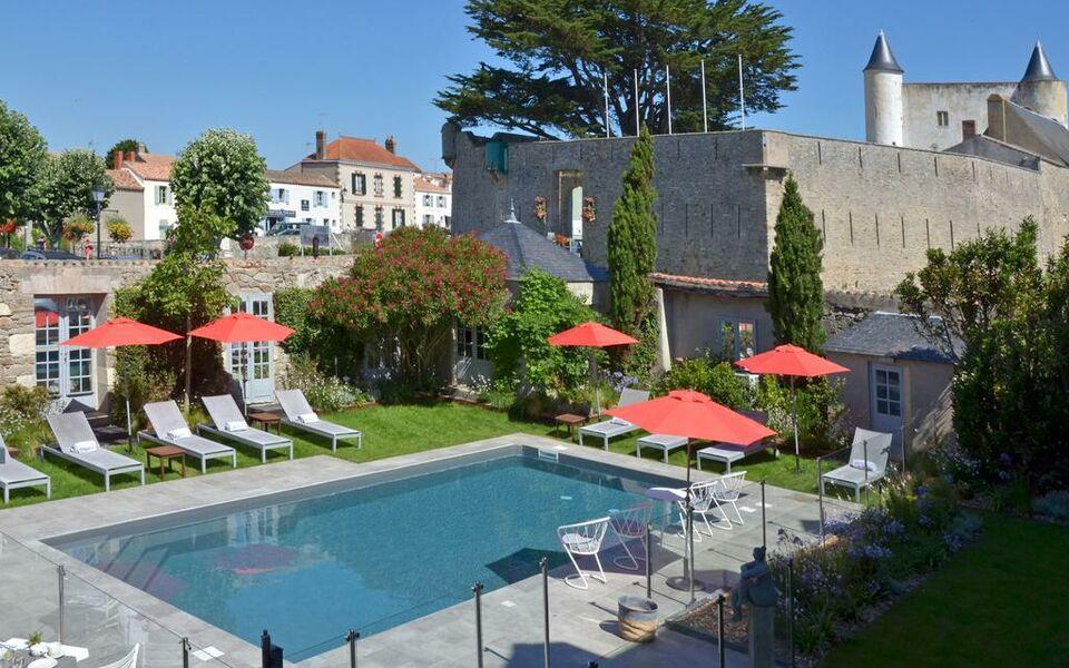 High Quality Le Général Du0027Elbée Hotel U0026amp; ...
