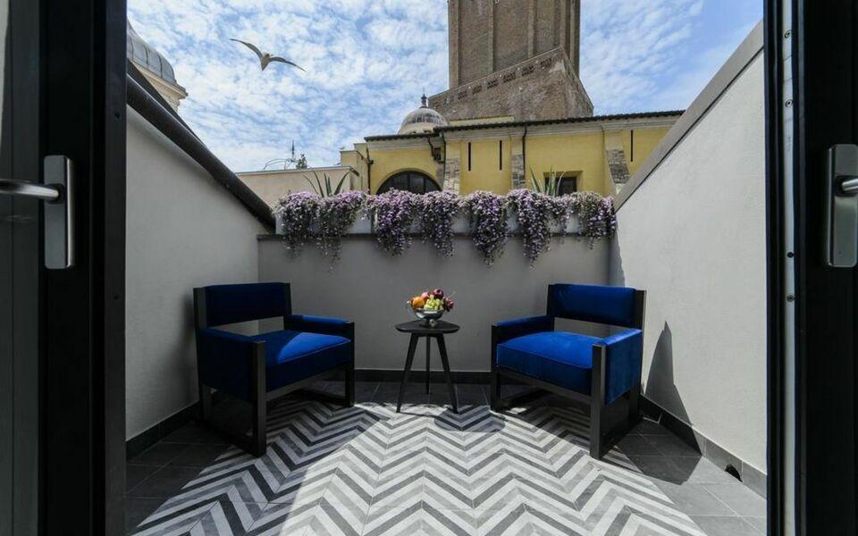 Roma luxus hotel a design boutique hotel rome italy for Ma boutique hotel