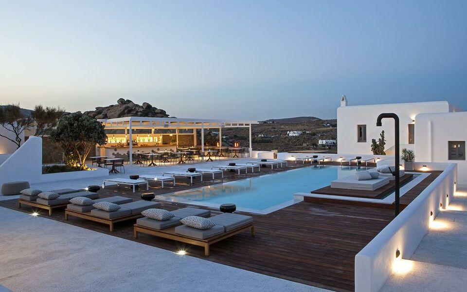 lyo boutique hotel mykonos super paradise beach