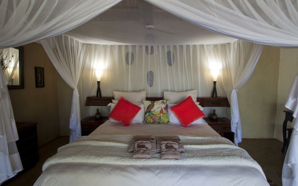 Naledi Bushlodge and Enkoveni Camp, Balule Game Reserve (4)