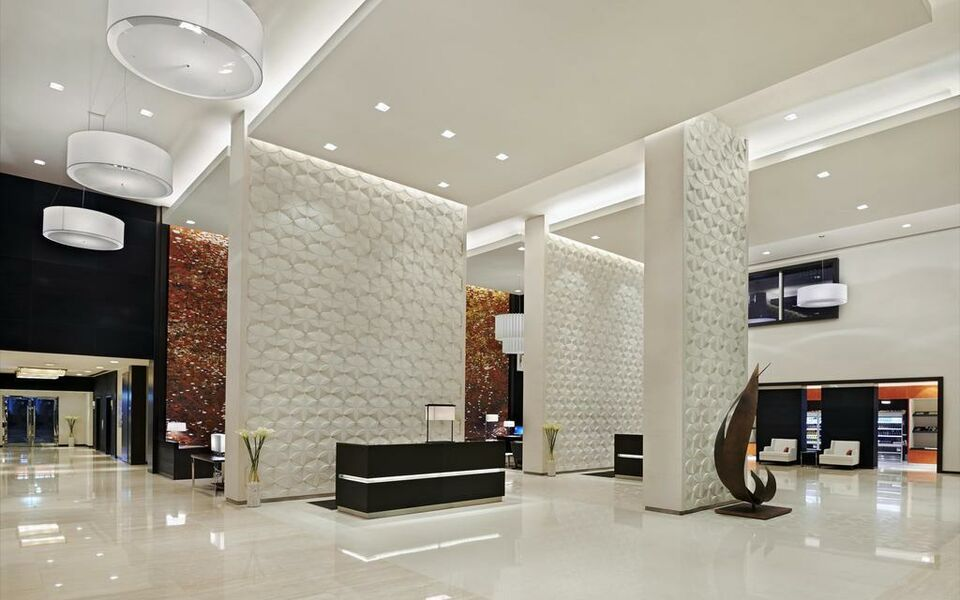 Hyatt place dubai al rigga a design boutique hotel dubai for Small boutique hotels dubai