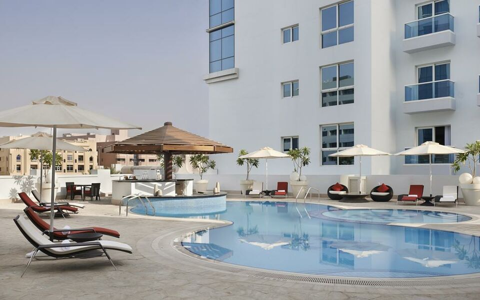 Hyatt place dubai al rigga a design boutique hotel dubai for Boutique hotel dubai