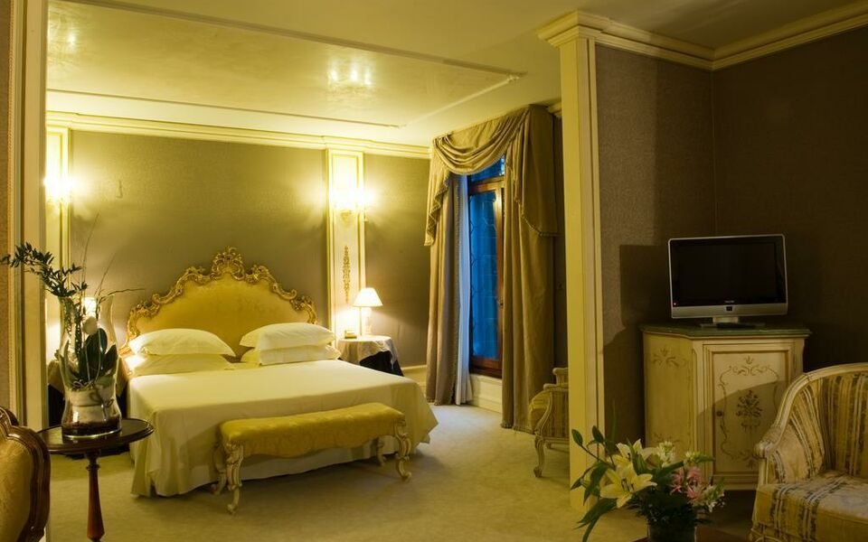Ca 39 sagredo hotel a design boutique hotel venice italy for Hotel design venice