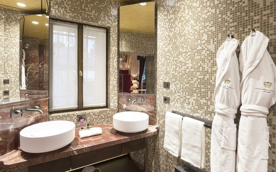 Palazzo venart luxury hotel a design boutique hotel for Designhotel venedig